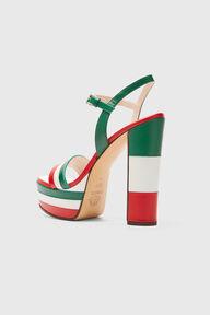 Platform Sandal Red