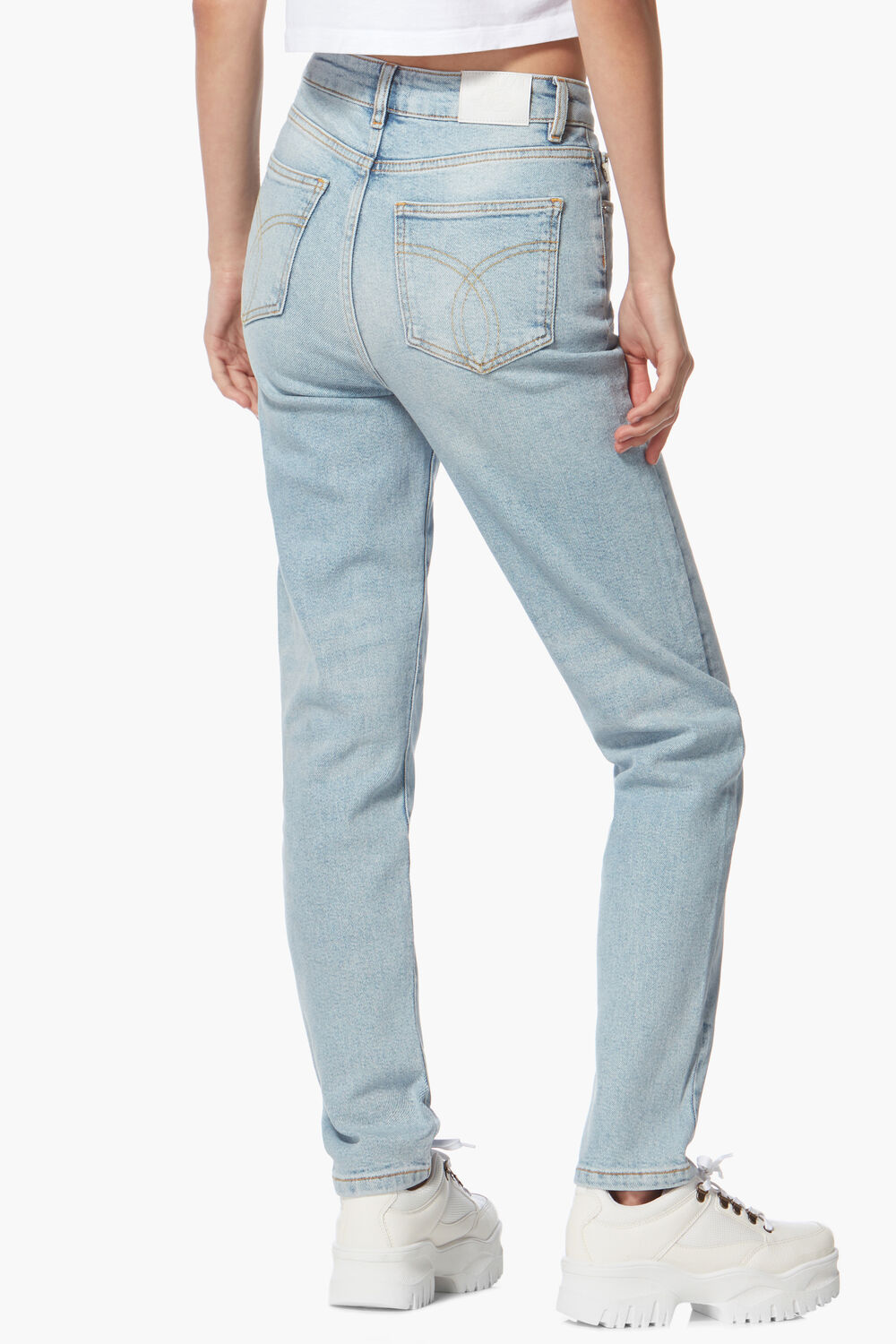 Tara Stretch Tapered Jean